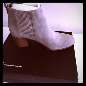 Warm Taupe International Concepts boots